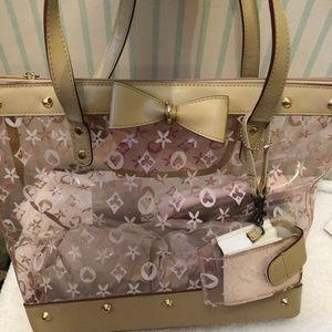 Handbags - Cute Clear & Pink Handbag